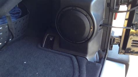 Jeep Wrangler Factory Subwoofer Stock Jeep Subwoofer Autos Post