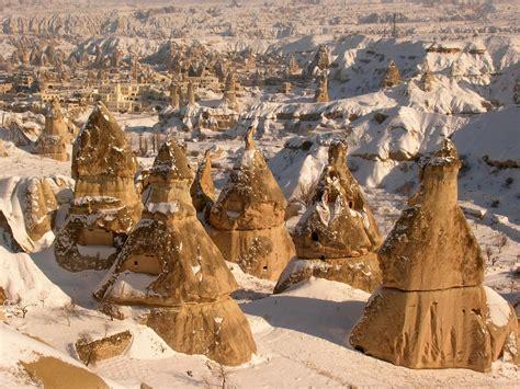 cappadocia camini delle fate i camini delle fate viaggi vacanze e turismo turisti