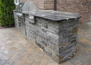 Outdoor Kitchen Countertops 5 Stones That Are For An Outdoor Kitchen Countertop Material Granite Liquidators