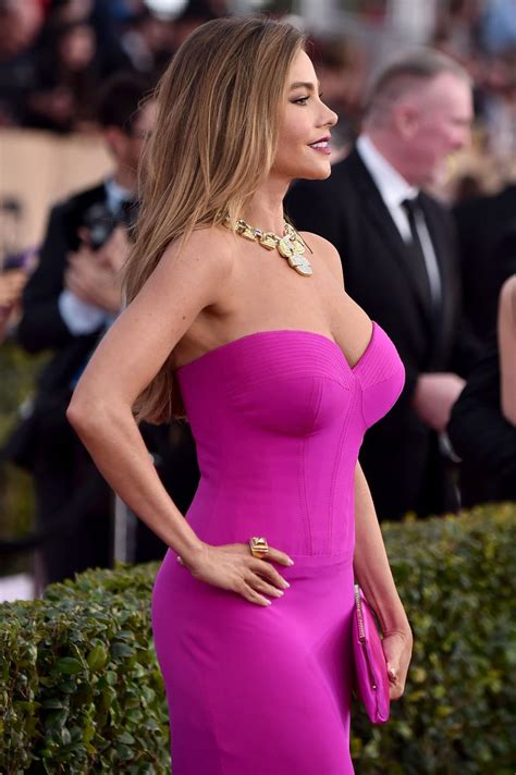 sofia vergara american accent sofia vergara celebrates her 45th overflowing with