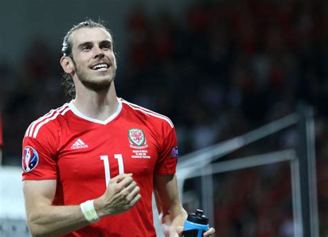 euro  wales gareth bale joined exclusive club
