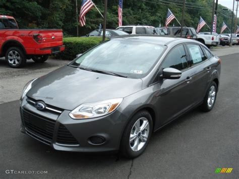 Ford Focus Se 2013 by Sterling Gray 2013 Ford Focus Se Sedan Exterior Photo