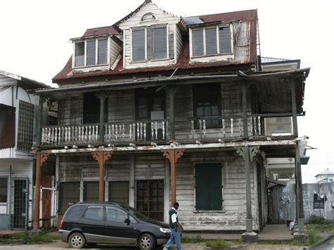 in house file dilapidated house in paramaribo jpg wikimedia commons