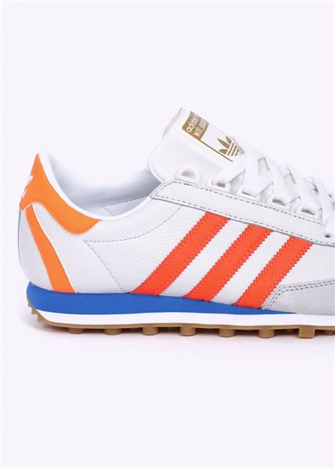 adidas jogger adidas originals nite jogger og trainers vintage white