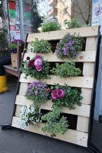 Vertical Garden Pallet - 21 vertical pallet garden ideas for your backyard or balcony