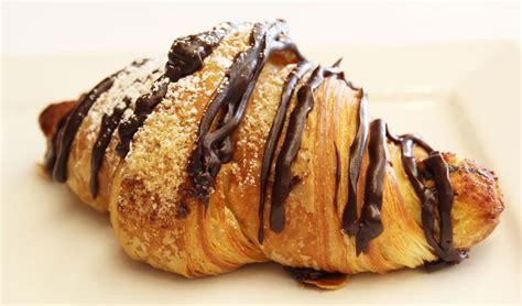 Croissant Coklat croissants flour chocolate