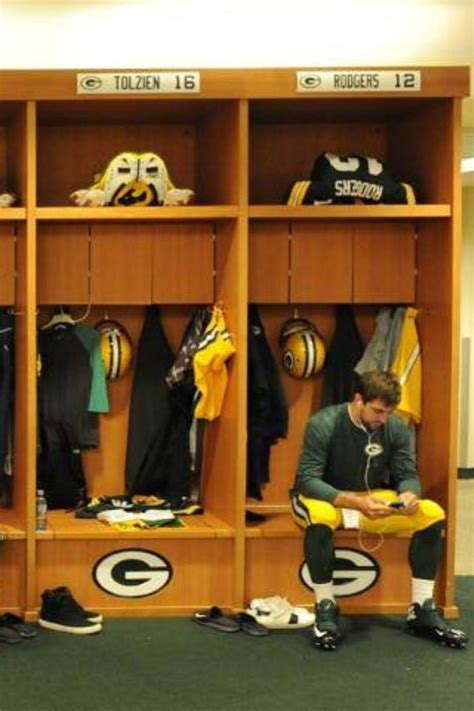 packers locker room 229 best packers images on