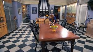 designing tv show the fabulous family penthouse on the disney show quot jessie quot