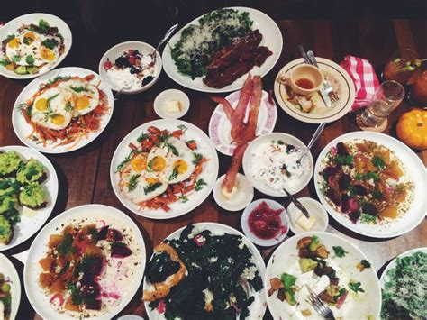 Women Can Do Werkand Eat, Too