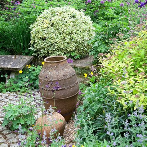 rustic garden and imaginative ideas for potting and planting