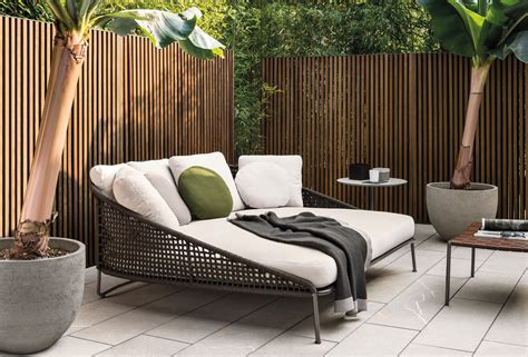 outdoor wohnzimmer design aston quot cord quot outdoor garden sofas from minotti architonic