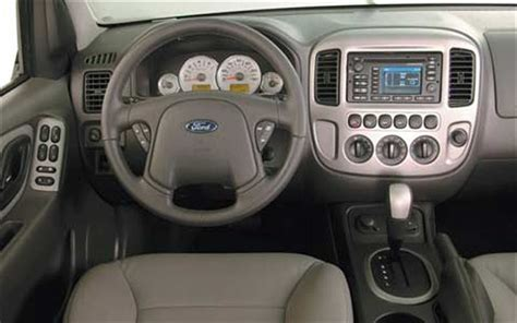 old car owners manuals 2005 ford escape interior lighting 2005 ford escape hybrid front interior view photo 3