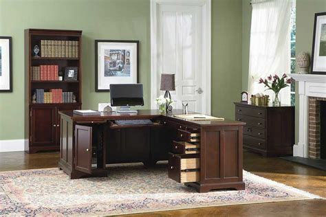 executive set of the desks co 572 575 executive