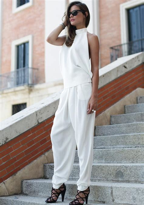 fashionable  white outfits   season stayglam