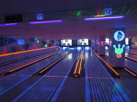 places to look at lights near me glow in the bowling welcome