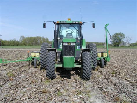 No Till Planters by Planting Soybeans No Till In Corn Stubble Jpg Photo Don