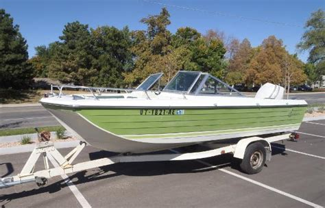 runabout boats for sale in sc runabout crestliner boats for sale boats