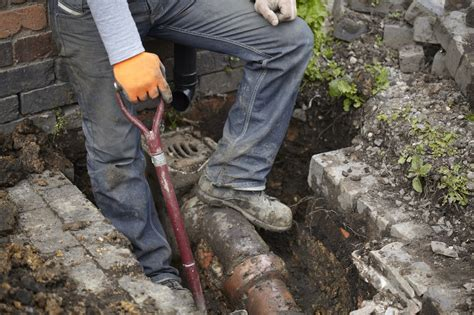 Trenchless Sewer Repair What Are The Dangers Of Diy Trenchless Sewer Repair