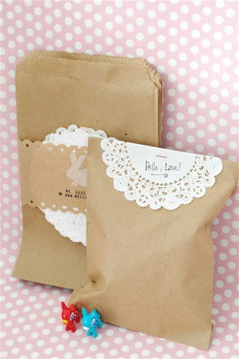 simple paper bag pattern doilies are cool again dogwood poppy