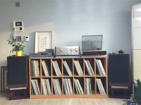 Records On Homes 25 Best Ideas About Stereo Cabinet On Mid Century Mid Century Furniture