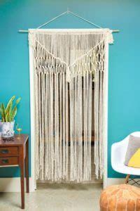 12 DIY Macramé Curtains Patterns   Macrame Door Curtain