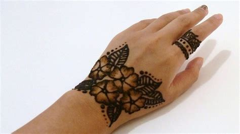 henna tattoo guide a guide to henna traditions in morocco