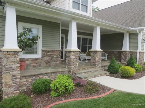 houses with front porches 17 best ideas about front porches on