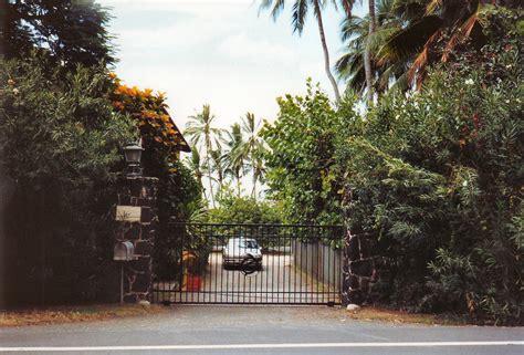 magnum pi house magnum pi house entrance mbell1975 flickr
