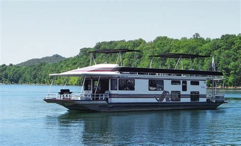 houseboats on lake cumberland well appointed houseboats on lake cumberland groupon