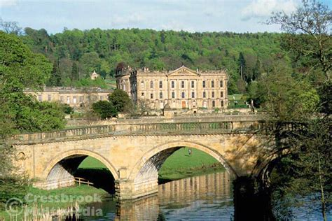 chatsworth house derbyshire peak district home of the