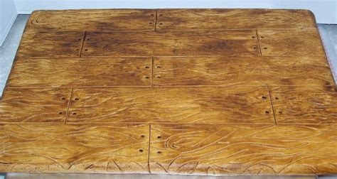 wood pattern on fondant painting a wood grain finish cakecentral com