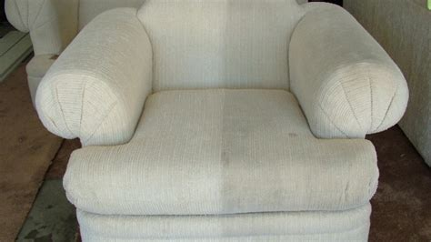 Diy Upholstery Cleaning by Diy Tips For Furniture Upholstery Cleaning Angie S List