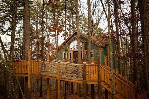 tree house eureka springs 301 moved permanently