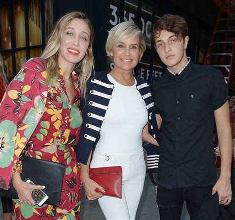 how tall is yolanda foster hw anwar hadid body statistics height age weight