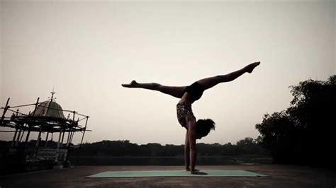 imagenes de ashtanga yoga the impossible ashtanga yoga demo by laruga glaser youtube