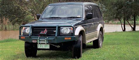 Bumper Model Arb Pajero deluxe bullbar pajero 1991 to 2000 coastal 4x4