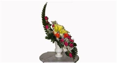 contoh rangkaian bunga segar  merangkai ala
