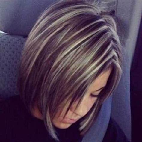 kurze dunkel braune haare mit blonden straehnen haareco