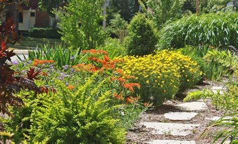 cottage garden inc cottage garden traditional landscape milwaukee by