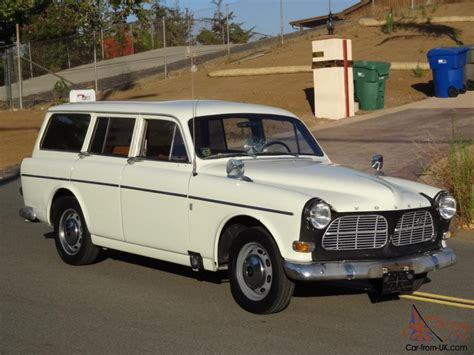 volvo amazon  station wagon  speed manual cyl  hatchback