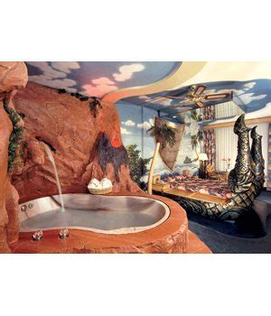 theme hotel niagara falls theme hotels for quickie vacations
