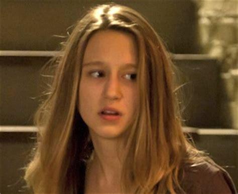 vera farmiga daughter american horror story | www.pixshark