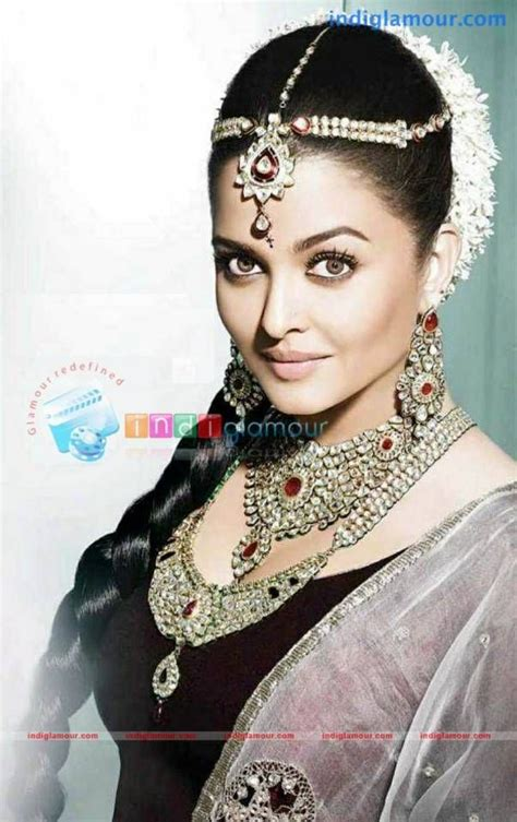 related pictures aishwarya rai wedding hairstyle bridal makeup 265 best 007 images on pinterest beautiful women