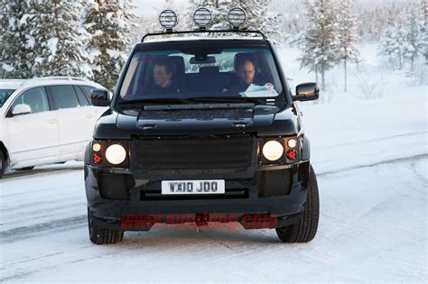 new land rover defender spy shots spy shots land rover range rover photo gallery autoblog