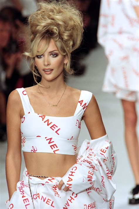 Catwalk Top 10 Vintage Part 1 by 10 Major Chanel Runway Moments From The 90s