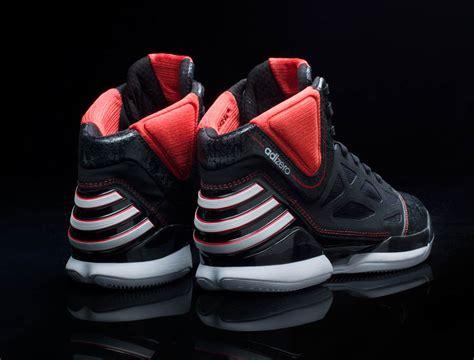 drose shoes derrick debuts and reviews the new adidas adizero