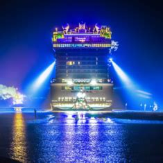 norwegian bliss cruise ship reviews and photos