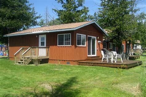 minnesota cabin rentals with boat mn cabin rentals two bedroom lakefront cabin bemidji mn