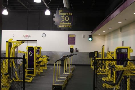 weight rooms near me planet fitness bay shore 16 reviews gyms 894 hwy bay shore ny phone number