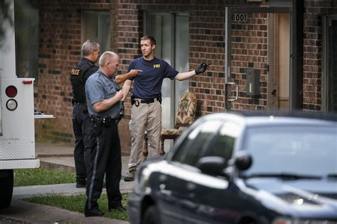 Forestwood Apartments Baton Shooting Baton Gunman Intentionally Targeted Officers